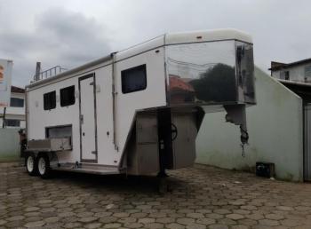 Reboque - Transporte de Cavalos